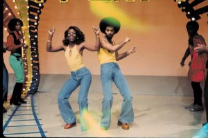 Soul-Train-Dancers_Soul-Train-Photo-Exhibition_magnum